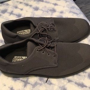 Sketchers dress knit relaxed fit shoes
